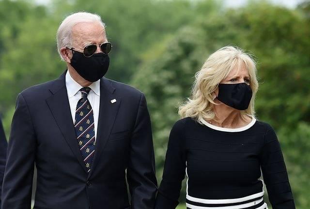 Trump critica a Biden por usar cubrebocas