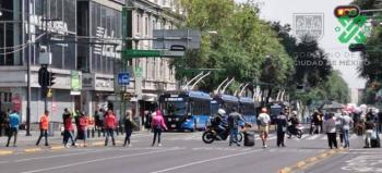 Vendedores ambulantes bloquearon Eje Central