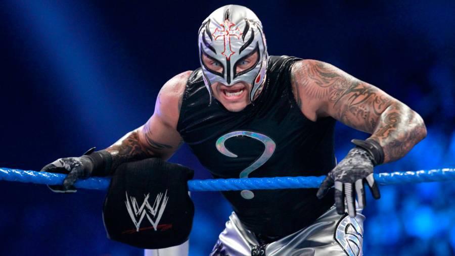 WWE anuncia retiro de Rey Mysterio