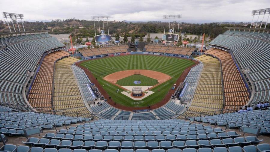 Dodgers reabre instalaciones para atender a jugadores en rehabilitación
