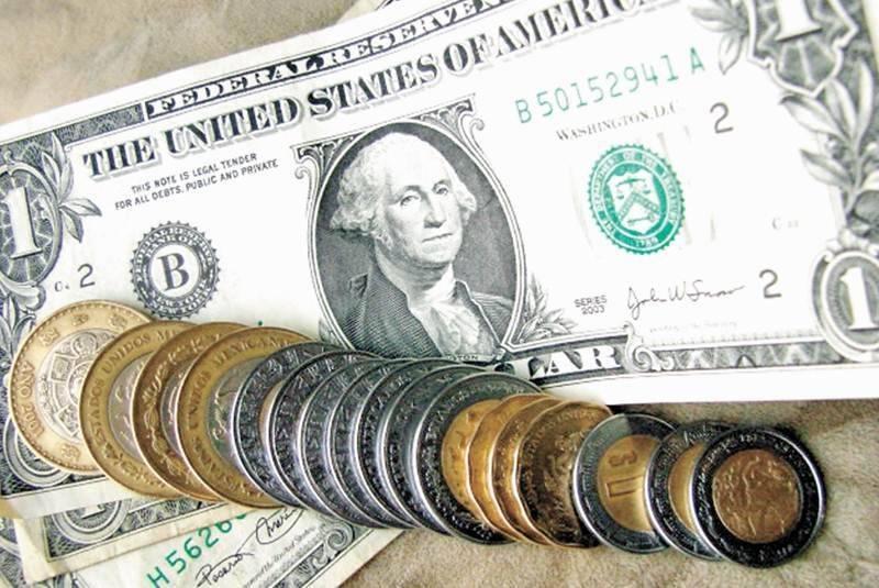 Peso se mantiene estable; cotiza en 22.27 por dólar