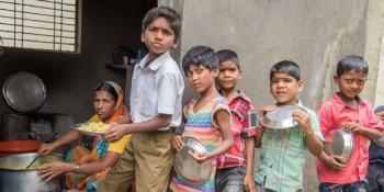 UNICEF estima que la pandemia originará 86 millones de niños pobres