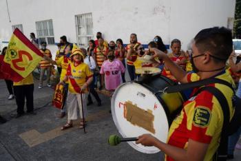 Piden a aficionados de Monarcas evitar manifestaciones por Covid-19