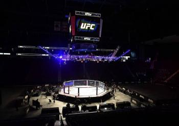 UFC regresa el sábado con duelo Tyron Woodley-Gilbert Burns