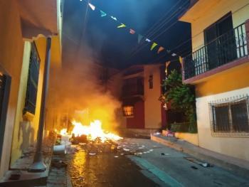 Video: habitantes de Venustiano Carranza en Chiapas protestan contra sanitización y causan disturbios