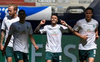 Werder Bremen triunfa y hunde al Schalke 04