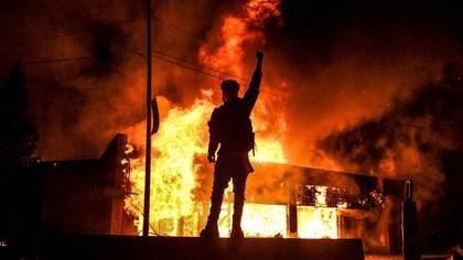 Antifa, grupo de izquierda radical acusado como principal responsable de la violencia en EE. UU.