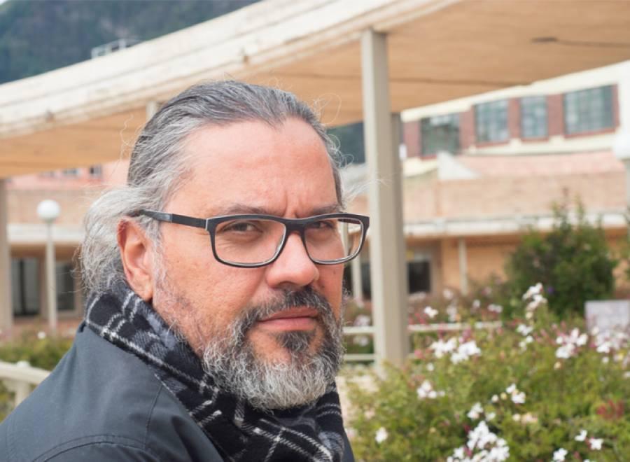 Acusan de corrupción al director del FCE en Colombia