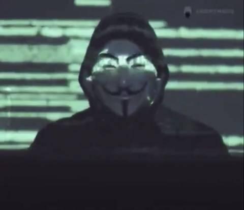 Reaparece Anonymous para denunciar muerte de George Floyd y reabrir casos