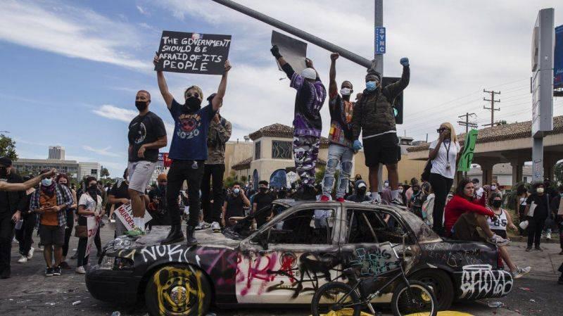 Continua la ira en EE UU por el asesinato de George Floyd