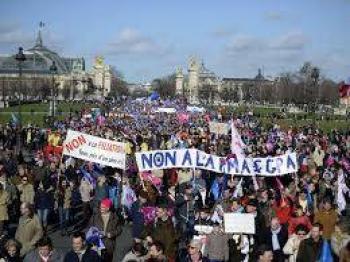Protestas por racismo  llegan hasta Europa