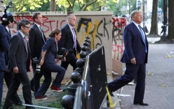 Trump anuncia que usara el ejercito si gobernadores no controlan protestas