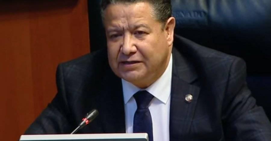Julio Menchaca apoya legalización de siembra de marihuana