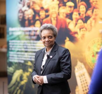 """Alcaldesa de Chicago califica como """"bravuconadas"""" amenazas de Trump"""