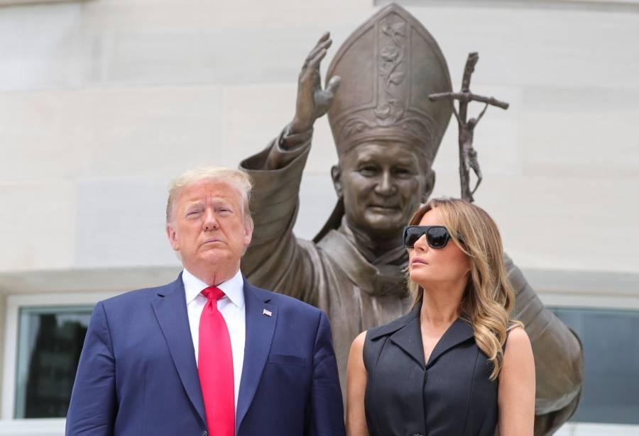 Trump y Melania protagonizan nuevo desencuentro