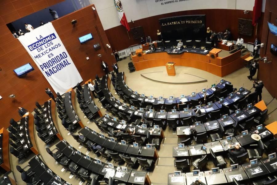 Son disueltos los grupos parlamentarios del PRD y PES en el Senado