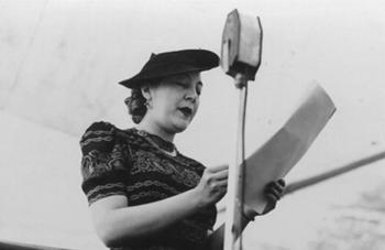 Amalia González Caballero, la pionera política de México