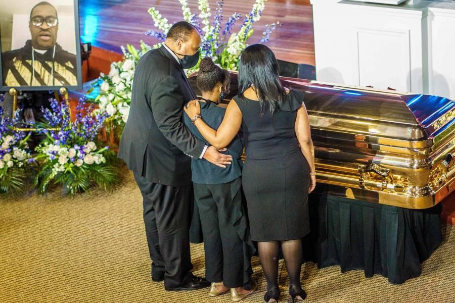 Homenaje a George Floyd en su funeral
