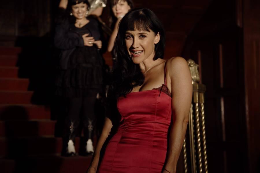 Susana Zabaleta envía un sensual saludo a López-Gatell