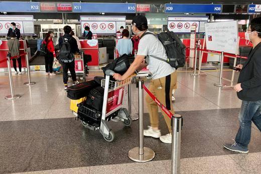 China reanuda en forma parcial vuelos internacionales