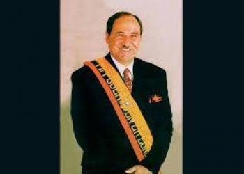 Arrestan a expresidente de  Ecuador por supuesta corrupción