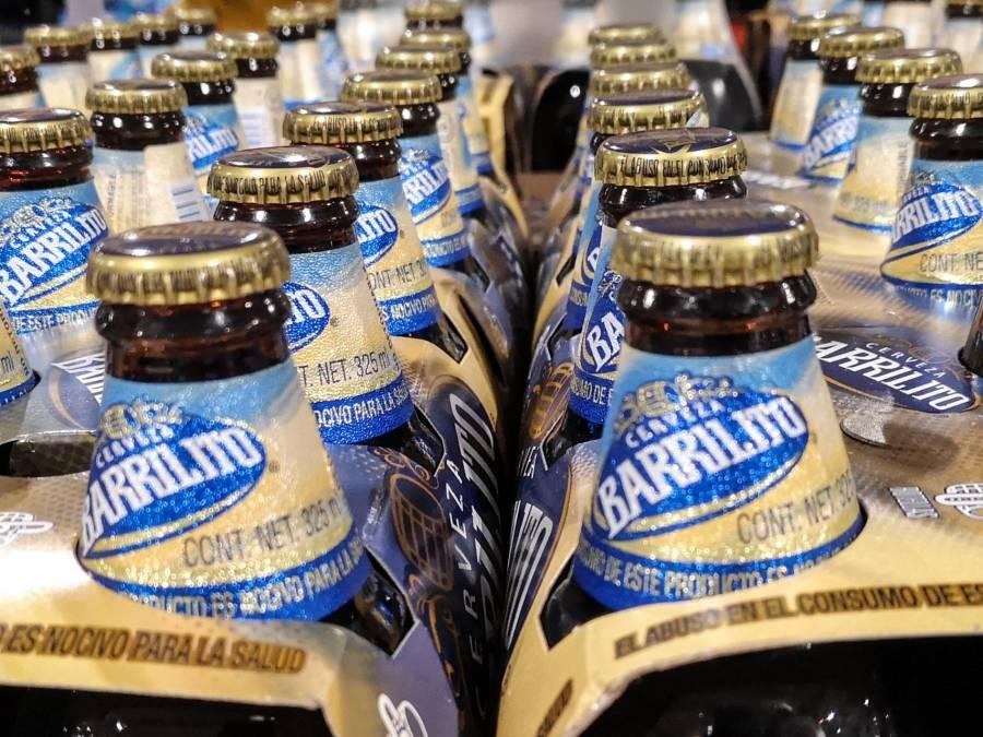 Aseguran 7 mil 726 latas de cerveza en Tecámac, Estado de México