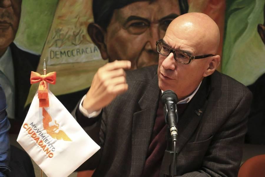 """Dante Delgado acusa a AMLO de alentar """"insurrección"""" contra Alfaro"""