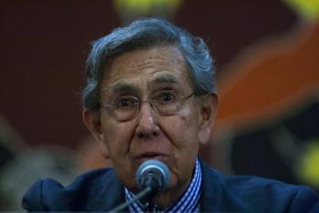 Cuauhtémoc Cárdenas insta a AMLO posponer megaproyectos para atender crisis