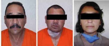 Enrique Alfaro muestra fotografías de presuntos implicados en caso Giovanni López