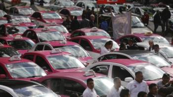Taxistas planean bloquear el jueves la Ciudad de México