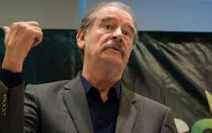 Vicente Fox se deslinda de Boa, dice que es artificio armado por Segob