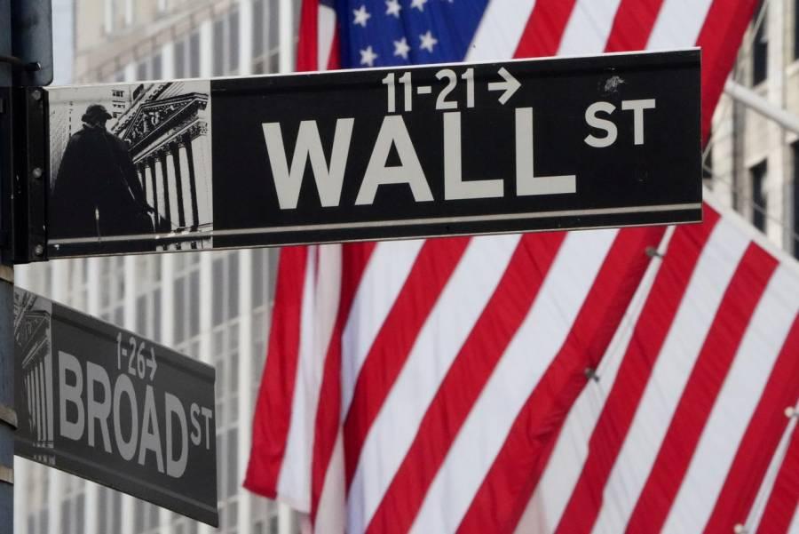 Fed ve una contracción de la economía de un 6,5% este año y promete mantener compra de bonos