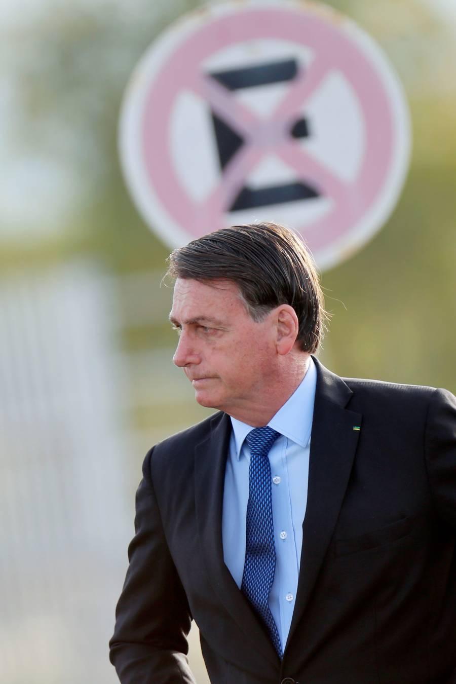 Bolsonaro sigue a Trump  y amaga con dejar la OMS
