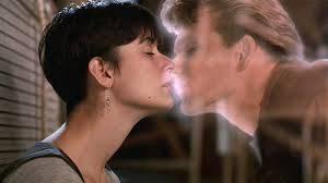 Tras el COVID-19 los estudios se preparan para los besos en pantalla