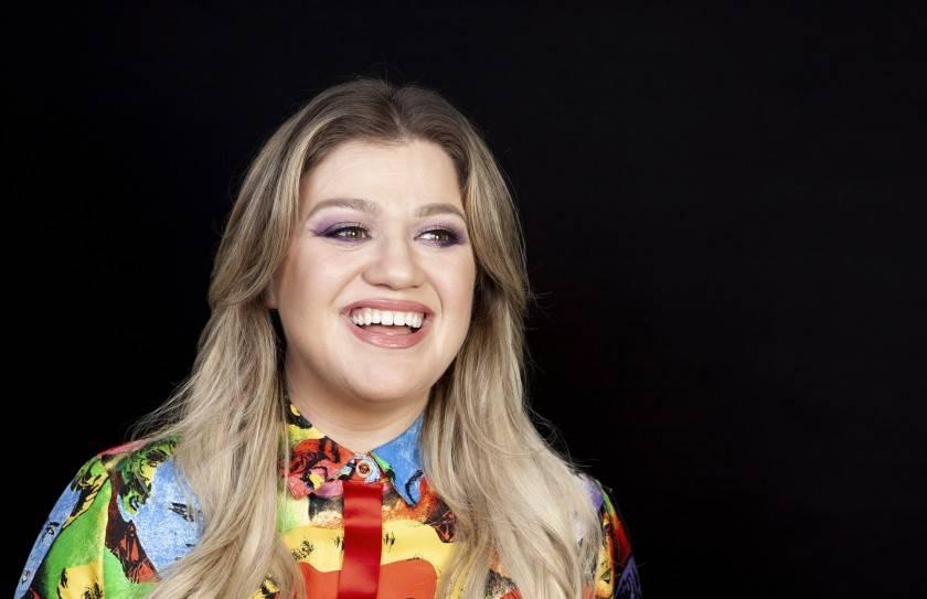 Kelly Clarkson solicita el divorcio