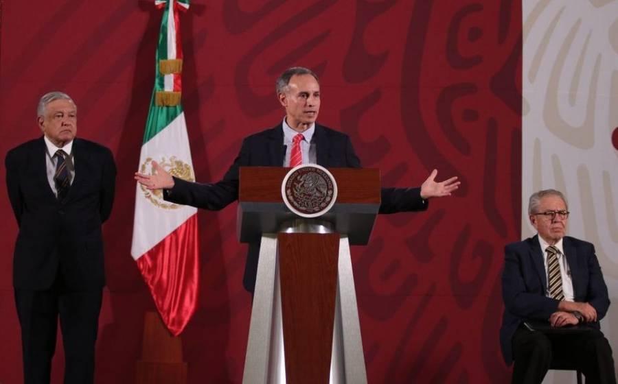 Contrario a AMLO, López-Gatell insta a la población a no salir de casa