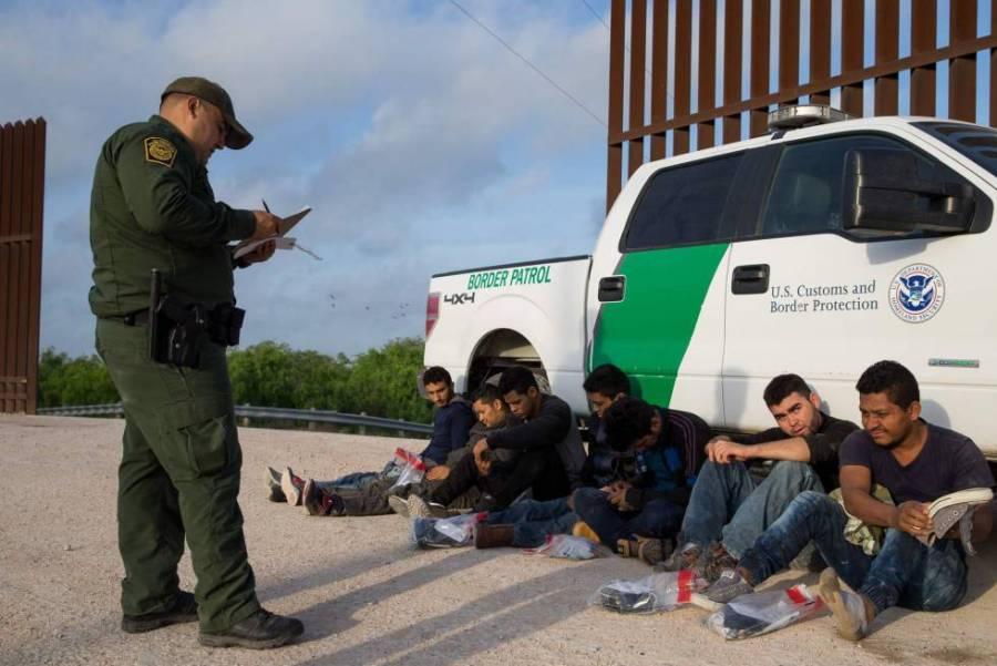 Detenciones de ilegales disminuyen en EU