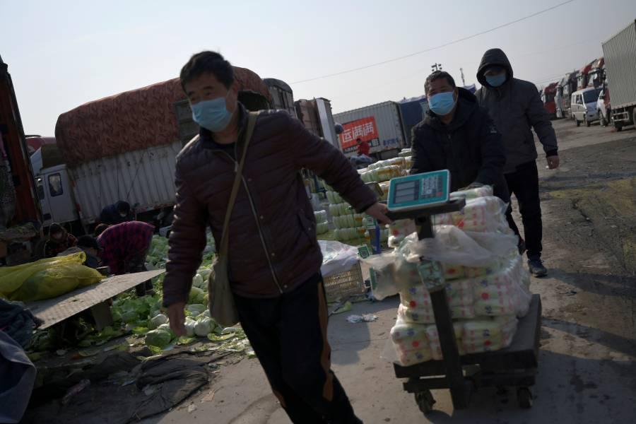 Pekín anuncia medidas para controlar brote de Covid-19
