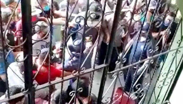 Retienen en Ocotepec a alcalde y 3 regidoras para evitar sanitización