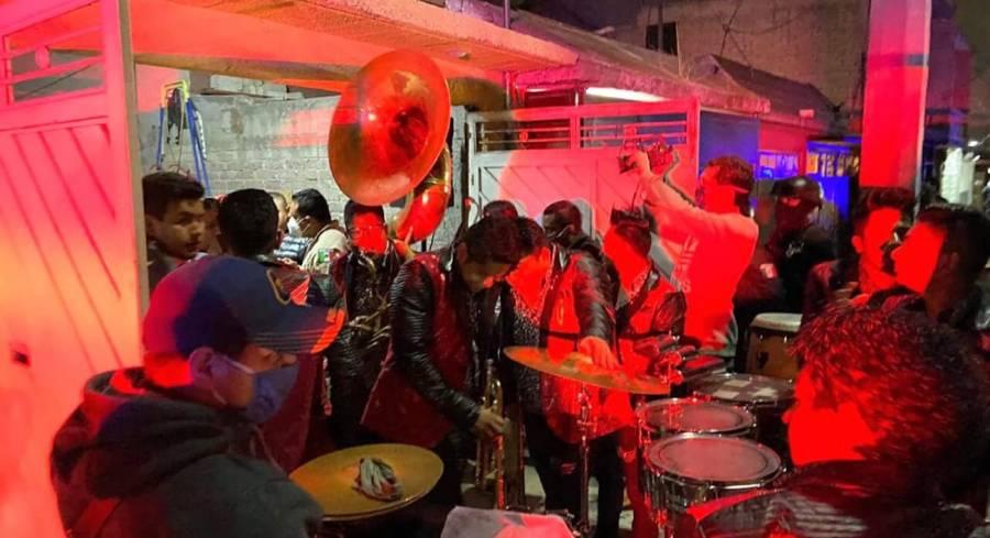Suspenden 7 fiestas con grupos musicales en Ecatepec