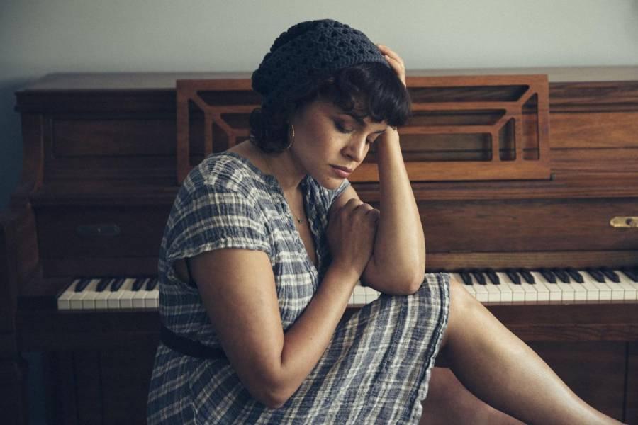 Norah Jones regresa con nuevo disco
