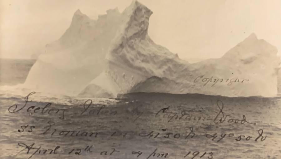 Sale a la luz supuesta fotografía del iceberg con el que chocó el Titanic