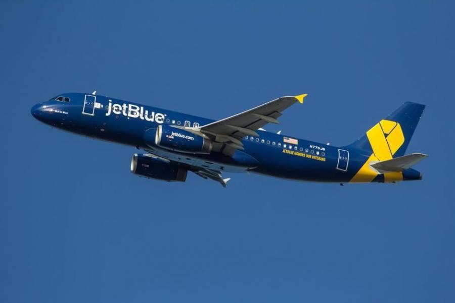 Sancionarán aerolíneas a viajeros que no usen cubrebocas en Estados Unidos