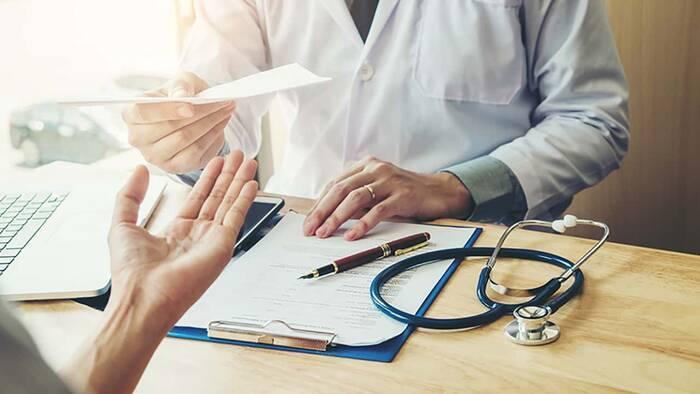 UNAM y CDMX capacitarán a médicos de farmacias para detectar COVID