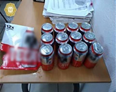 Mujer es detenida por robar cerveza