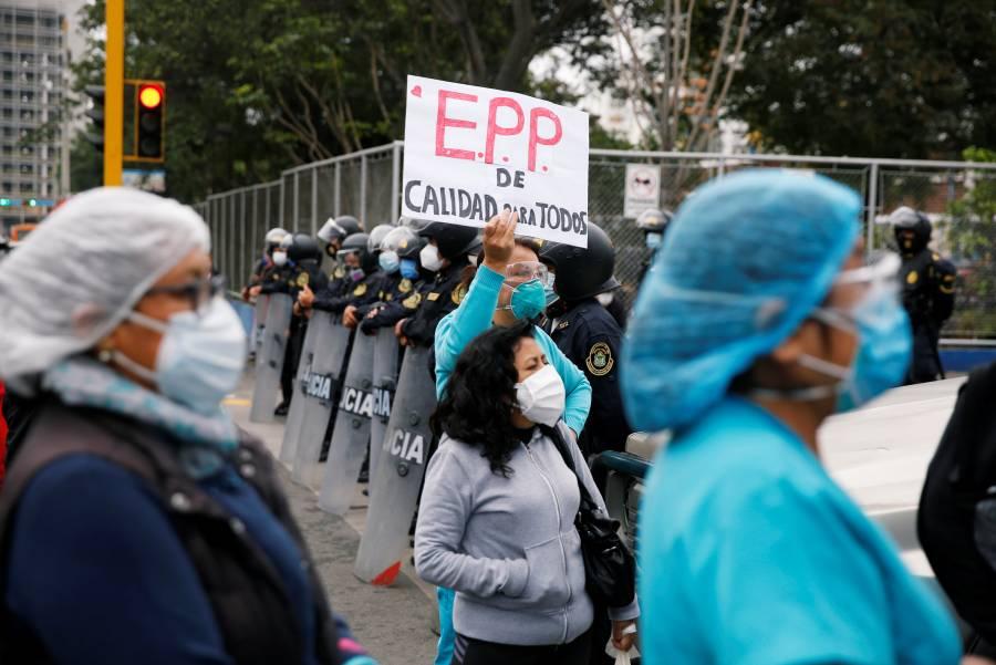 Perú reporta 240 mil casos de Covid-19 y supera a Italia