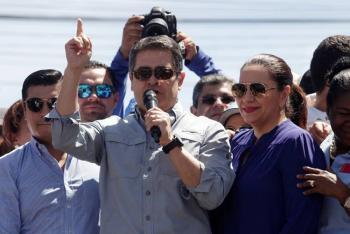 Presidente de Honduras y la primera dama dan positivo por Covid-19