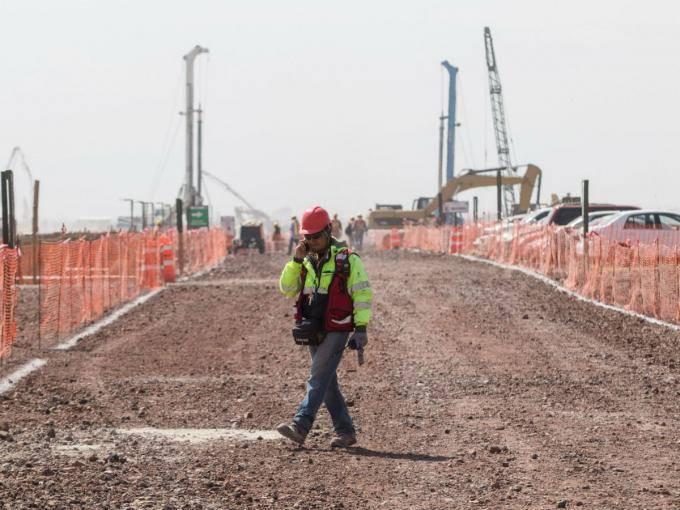 Juez federal ordena protección a hallazgos arqueológicos de Santa Lucía