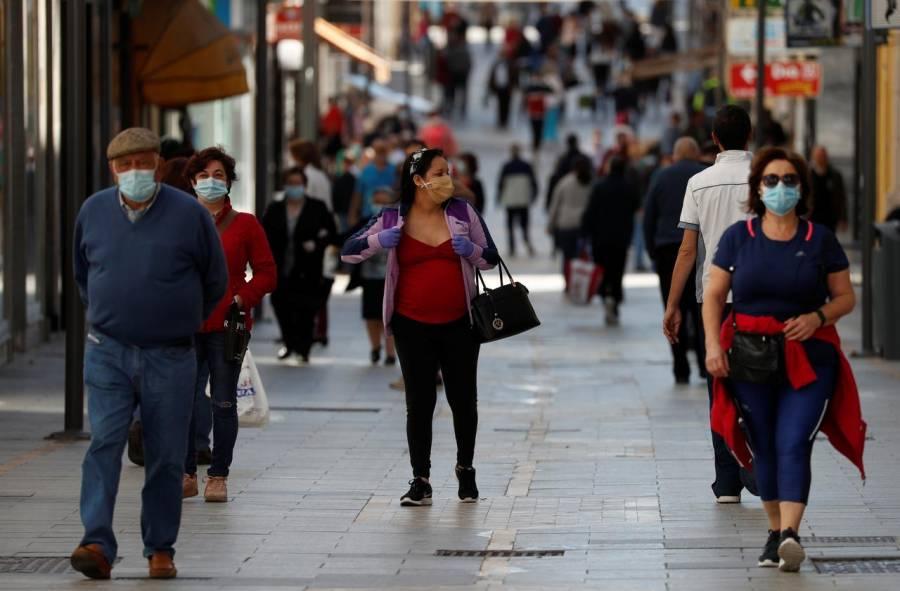 España aportará 4.250 mln euros para ayudar a su golpeada industria del turismo