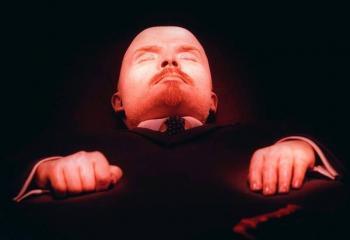 En Rusia proponen vender restos de Lenin ante crisis económica por Covid-19